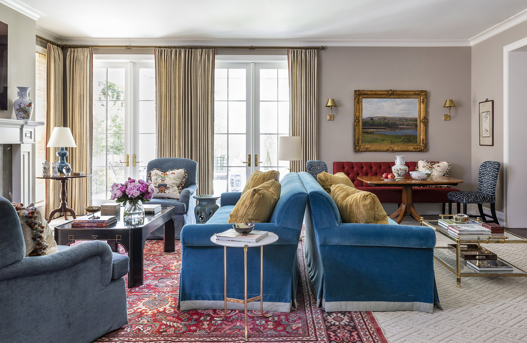 timeless and traditional living room design